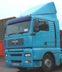 zestaw montażowy do MAN TG-A XL standard roof, wide cabin/TG-A L,M  standard roof,narrow cabin - 03/2004, nr kat. 145111B222/145114B222 - zdjęcie 1