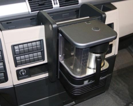 Półka na ekspres kawowy do MAN TGX (01.2018 - ) (kolor - czarna), nr kat. 26150MAN-18 - zdjęcie 1